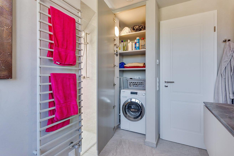Einbauschrank-weiss-fuer-Waschmaschine7
