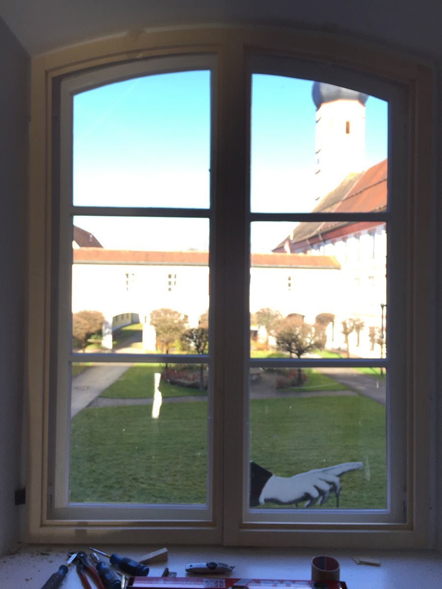 Fenster-halbbogen