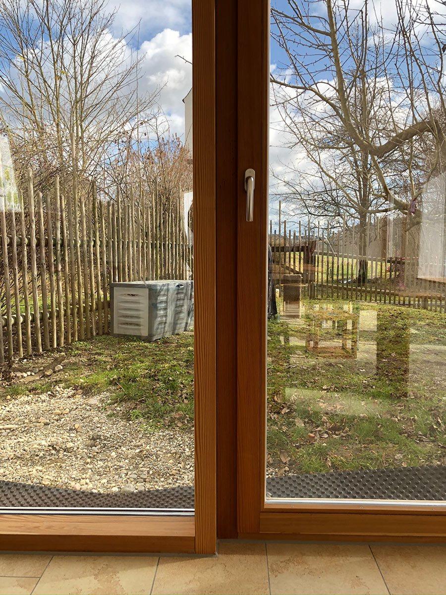Holzfenster-braun