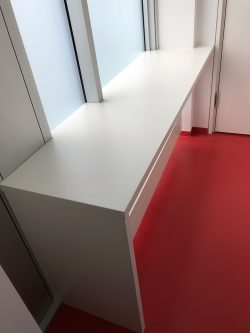 arbeitsflaeche-fuer-tiny-kitchen-kueche