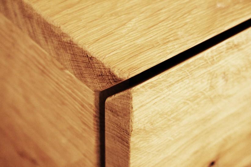 sideboard-massivholz-eiche-geschrupt